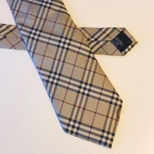Burberry tie